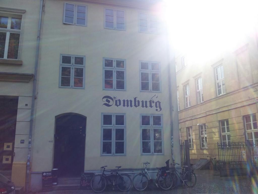 Domstraße Vorderansicht